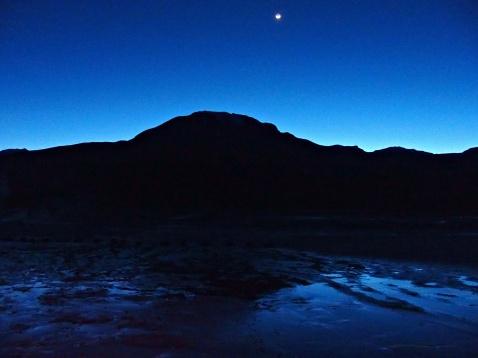Geysers del Tatio : nuit et lever de soleil